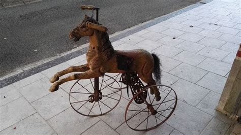 Cheval tricycle bois metal début 20e siecle - Catawiki