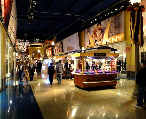 Left Field Wander: Primm Valley Fashion Outlet Mall