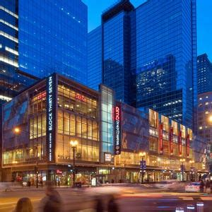 Chicago Malls and Shopping Centers: 10Best Mall Reviews