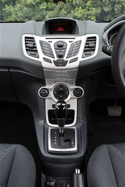 Auto boxing clever   Car Reviews   by Car Enthusiast