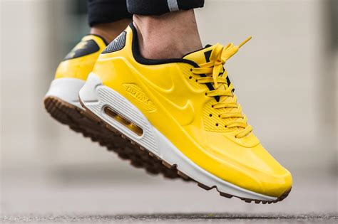 Nike Air Max 90 VT QS 'Varsity Maize' - Where to buy online