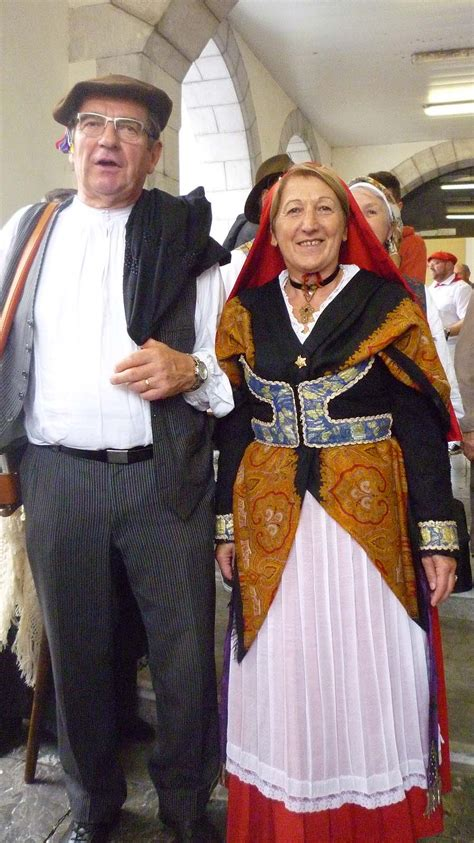 Biarn Toustém - Béarn Toujours: LES COSTUMES TRADITIONNELS