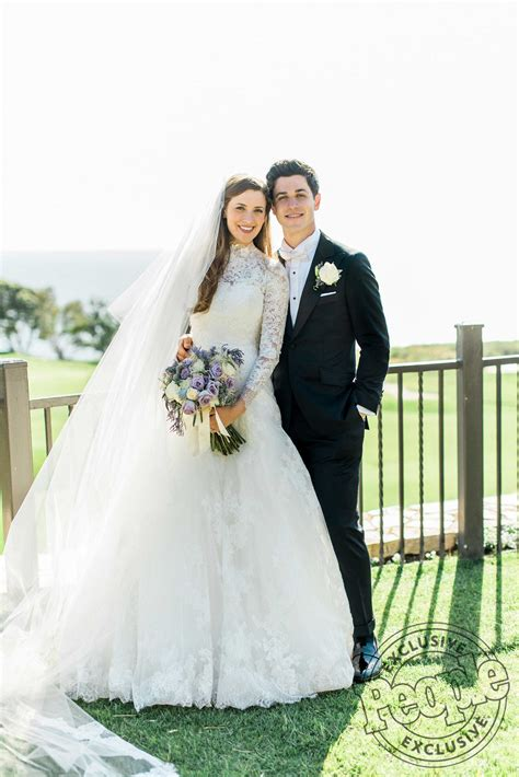 Wizards of Waverly Place's David Henrie Wed Maria Cahill