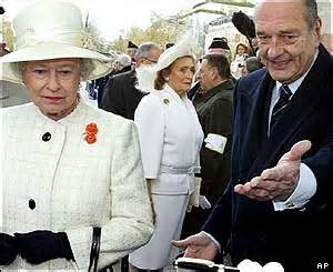 BBC NEWS | In Pictures | In pictures: Queen's France visit