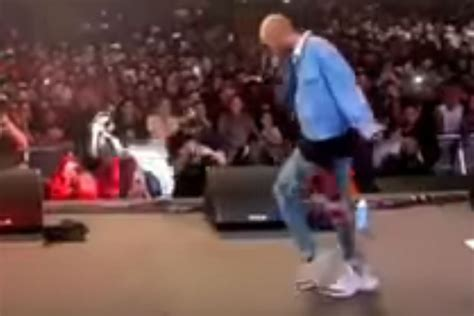 Watch Jaden Smith Bust Out The Moonwalk At Rolling Loud