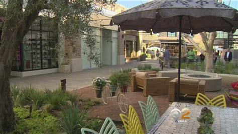 New Outdoor Shopping Center Opens In Woodland Hills - YouTube