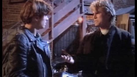 Screencapture Video MacGyver - The Stringer - Father And